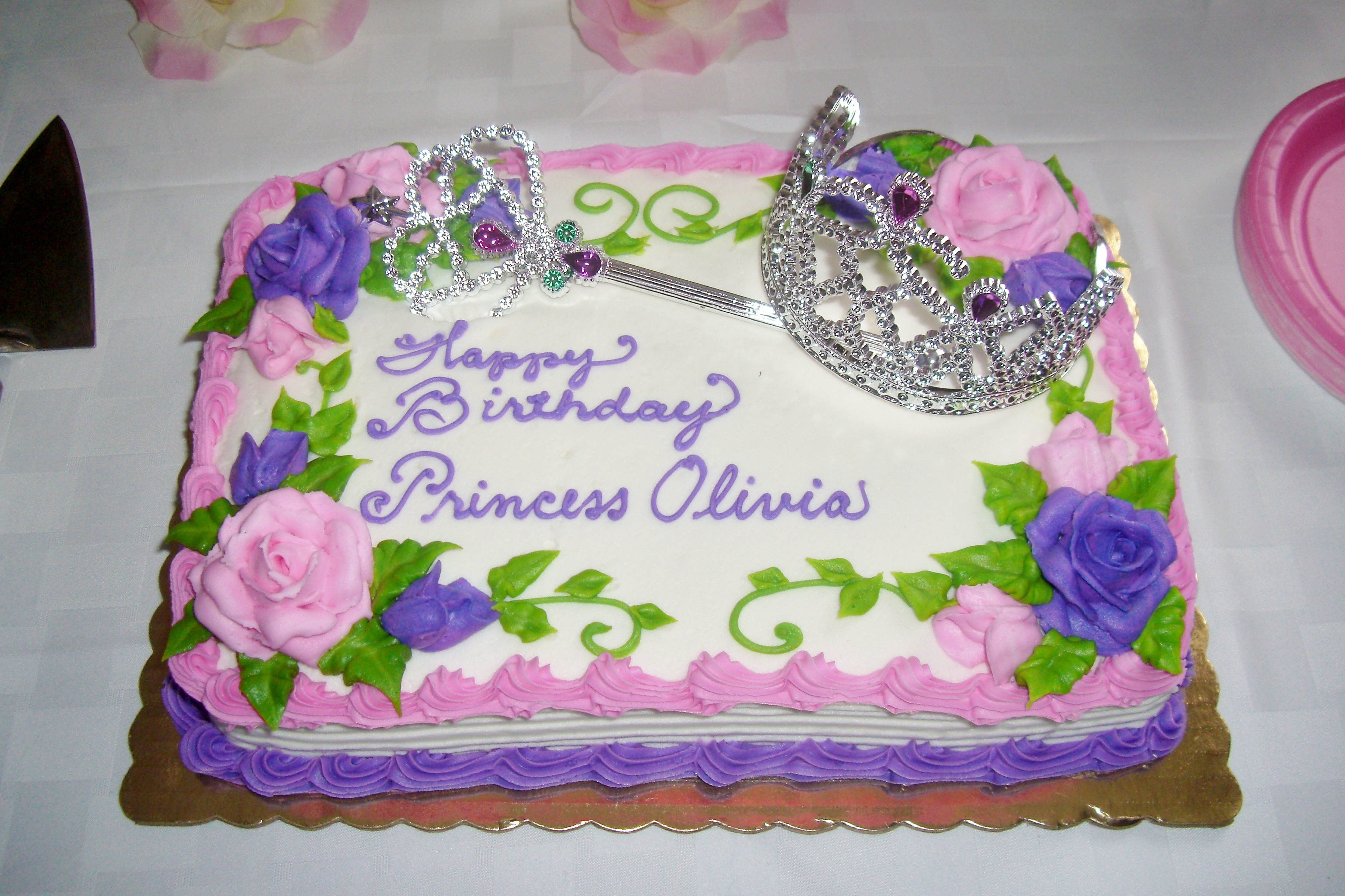 Princess Birthday Party Part 4 The Cake Table On A Royal Budget
